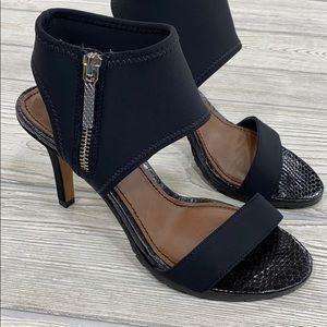 Donald J. Pliner Black Scuba Mesh Sandals - sz 6.5